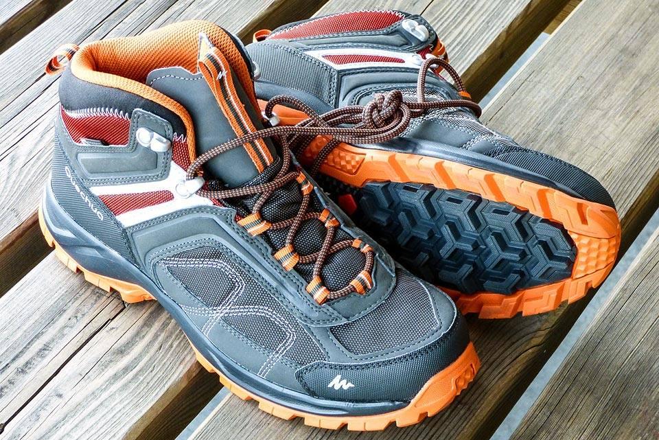 calzature per andare in montagna